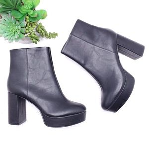Chinese Laundry Platform Heel Ankle Boots Sz 10M